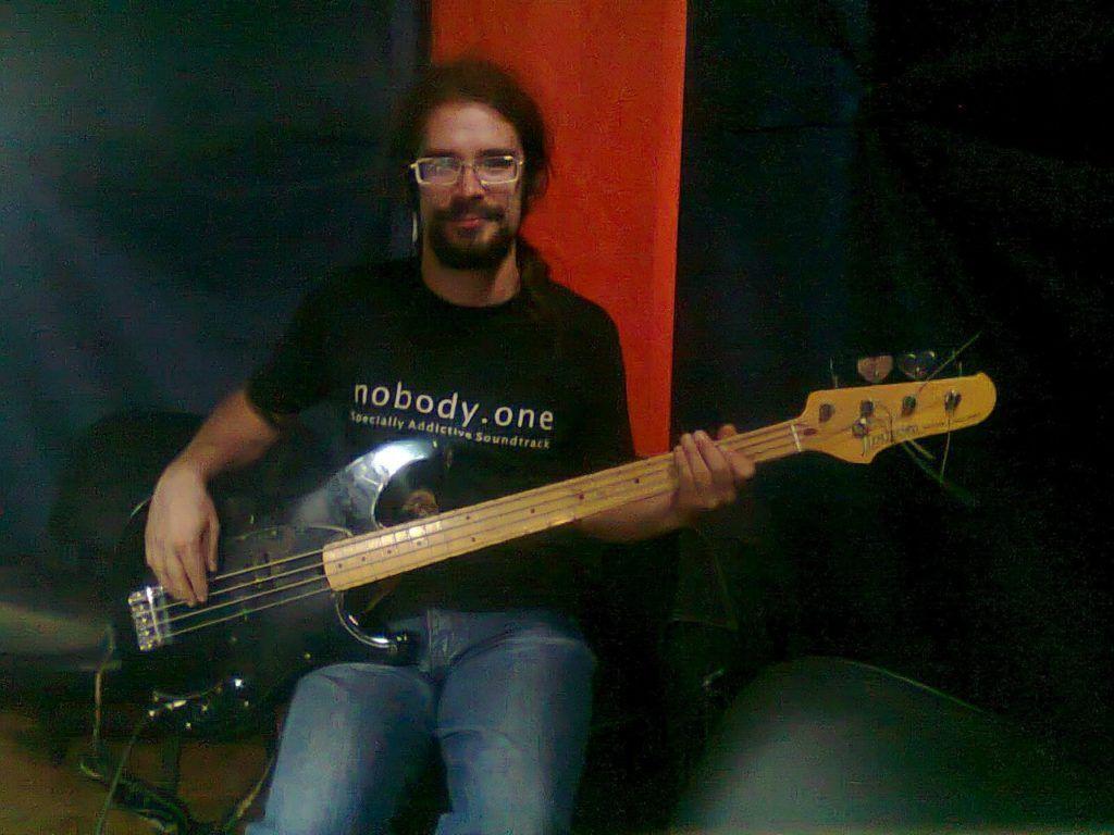 Бас гитара в домашних условиях